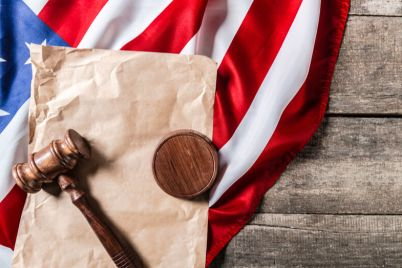 03_Gavel-and-US-flag.jpg