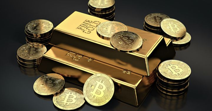 05_Stack-of-Bitcoins-and-gold-ingots.jpg