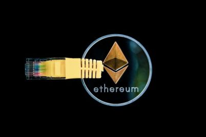 cryptocurrency-3424785_1280-600x454-1.jpg